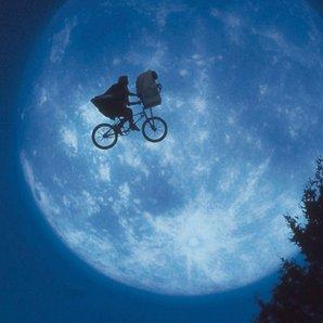 E.T. ET