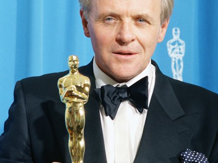 Anthony Hopkins with his Oscar