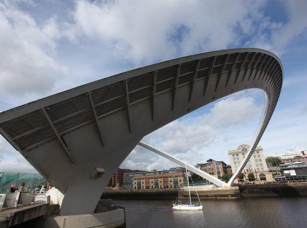 Millenium Bridge is open