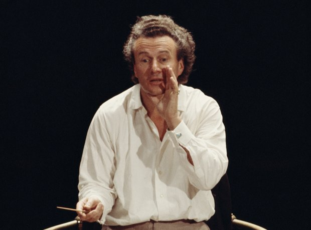 sir colin davis conducting
