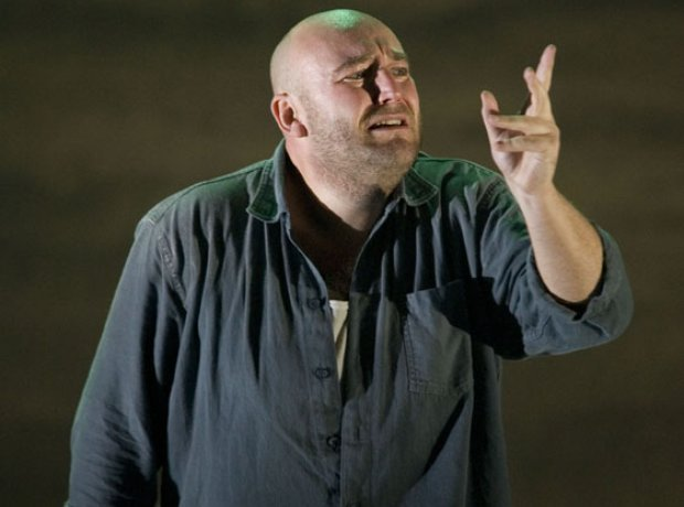 Opera North's production of Peter Grimes
