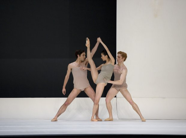 Chroma - The White Stripes ballet