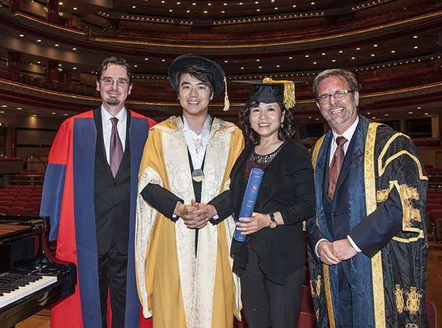 Lang Lang honorary doctorate