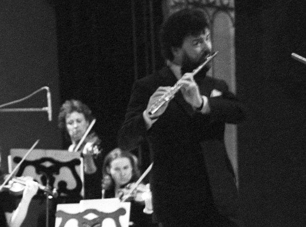 James Galway flautist Berlin Philharmonic flute