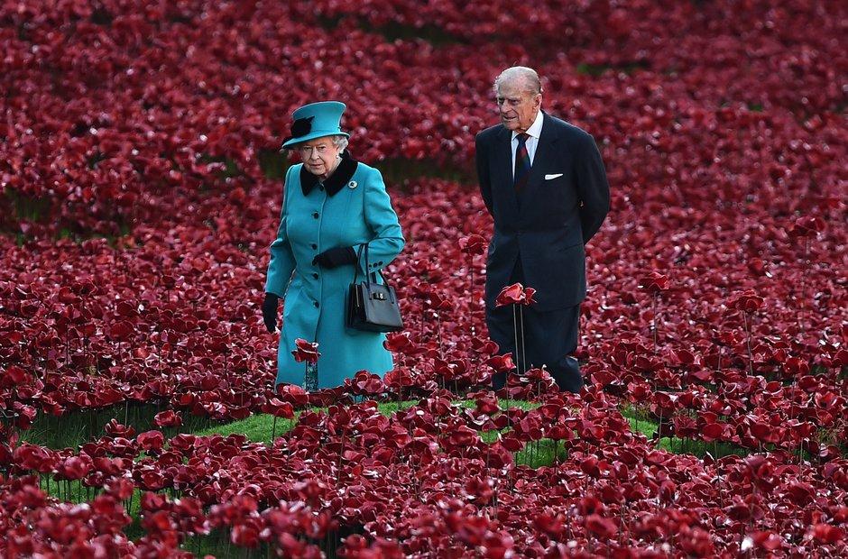 Poppies Tower of London Queen Duke of Edinburgh