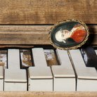 Mozart miniature portrait to scale