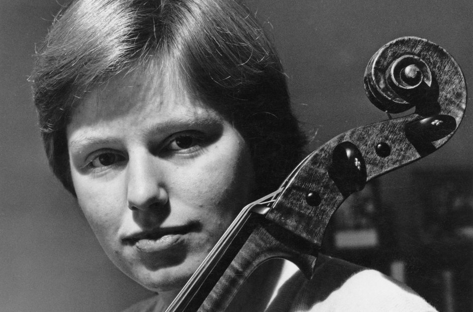Jacqueline Du Pr 13 Iconic Pictures Of The Great Cellist